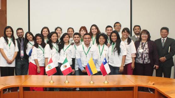 Volunetarios AP en México_2015